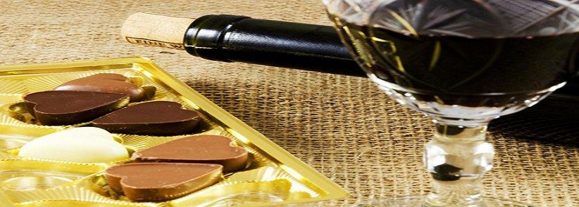 Vinho tinto e chocolate são eficazes contra o envelhecimento, segundo estudo