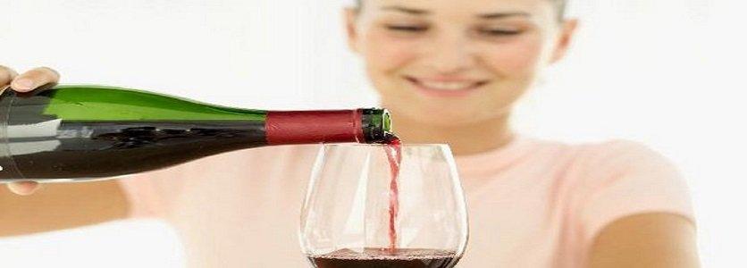 O que o vinho faz aos seus dentes?