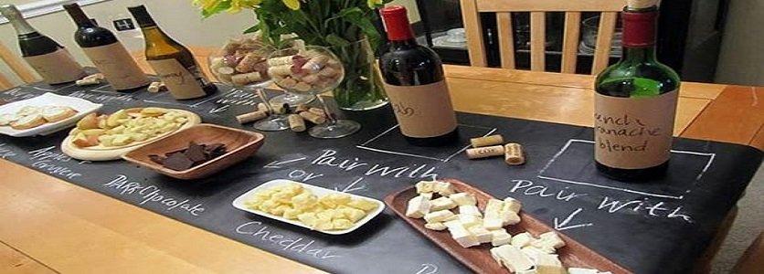 Para benefícios de saúde máximos, beba seu vinho com uma refeição