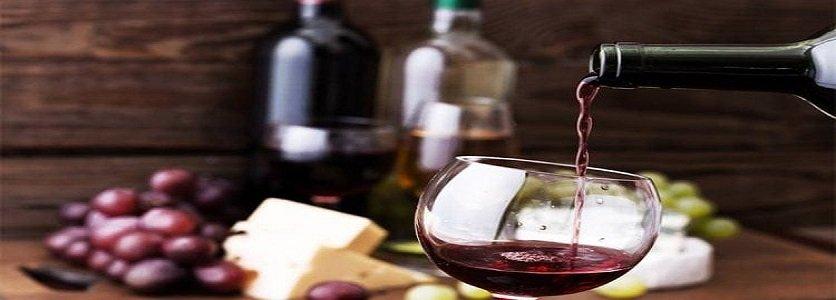 Diferenças entre vinhos brancos e tintos: saiba o básico