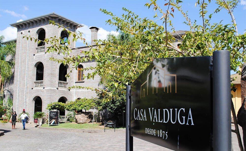 Espumante gaúcho 130 da Casa Valduga derrota champanhes e é eleito o melhor do mundo