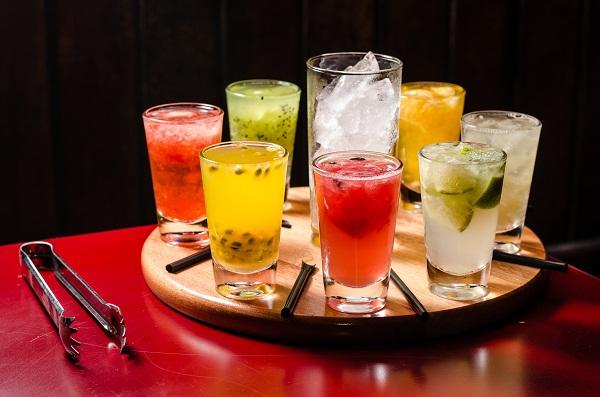 Descoberta! Doença Crônica Mortal Pode Ser Controlada Com Doses Diárias de Álcool, incluindo o vinho.